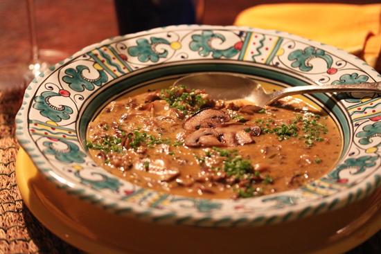 a091117-mushroom-soup2