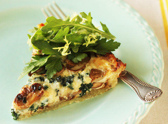 Mushroom and Spinach Quiche with Shredded Potato Crust and the Top