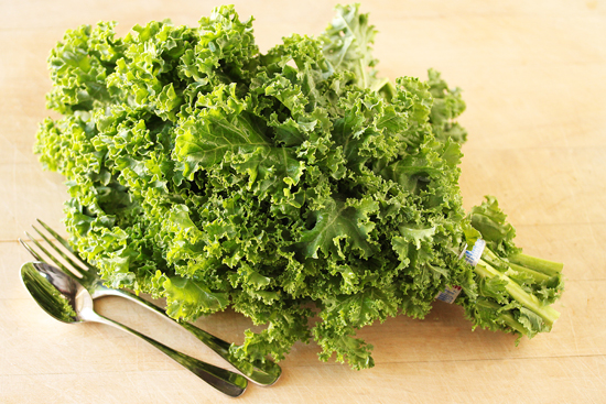 Crostini with Rustic Kale Pesto 2