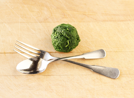 Crostini with Rustic Kale Pesto 3