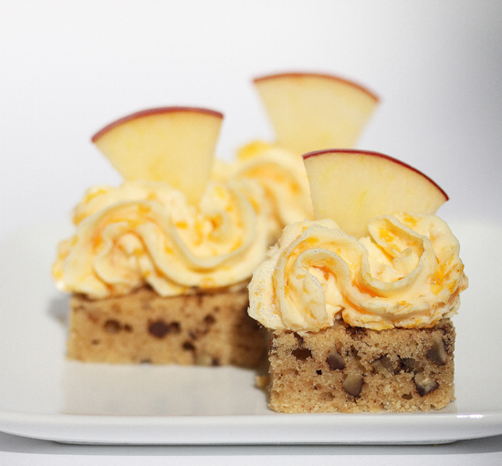 Maple-Pecan Bread with Apricot-Infused Cream Cheese and Apple