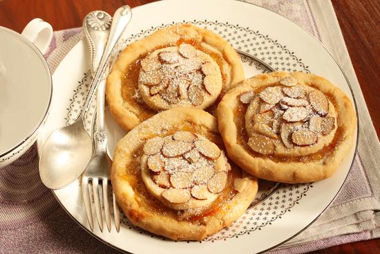 2Mozza Orange Marmalade and Almond Crostate