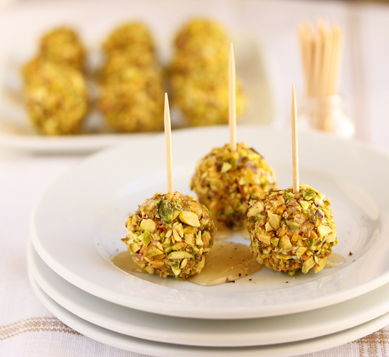Post image for Pistachio and Goat Cheese Wrapped Grapes Drizzled with Honey & Black Pepper
