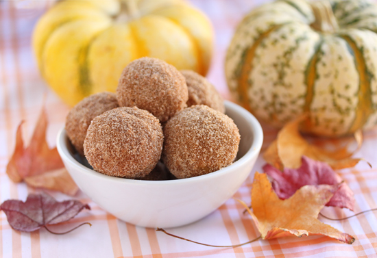 Post image for Cinnamon-Sugared Pumpkin Donut Holes