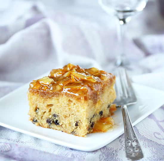 Post image for Orange Marmalade Cake with Currants