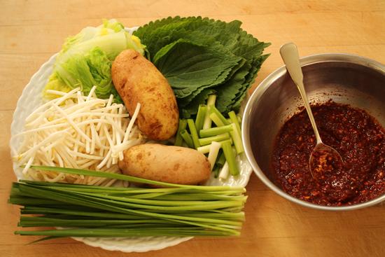Gamjatang ~ Korean Pork Bone & Potato Soup 3