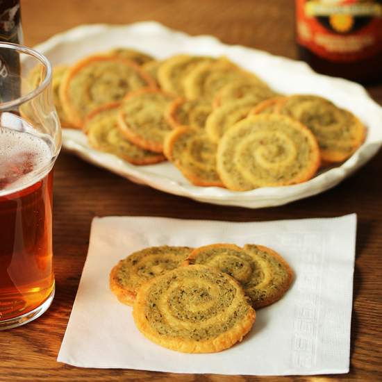 Post image for Cheddar Garlic Crackers with Parsley & Pecans