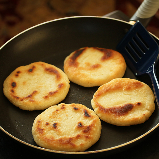 Post image for Arepas ~ Venezuelan Corn Flour Flatbreads