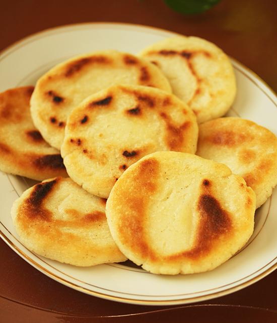 Arepas ~ Venezuelian Corn Flour Flatbreads 5